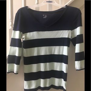 Gap  Women 3/4 Sleeve Shirt